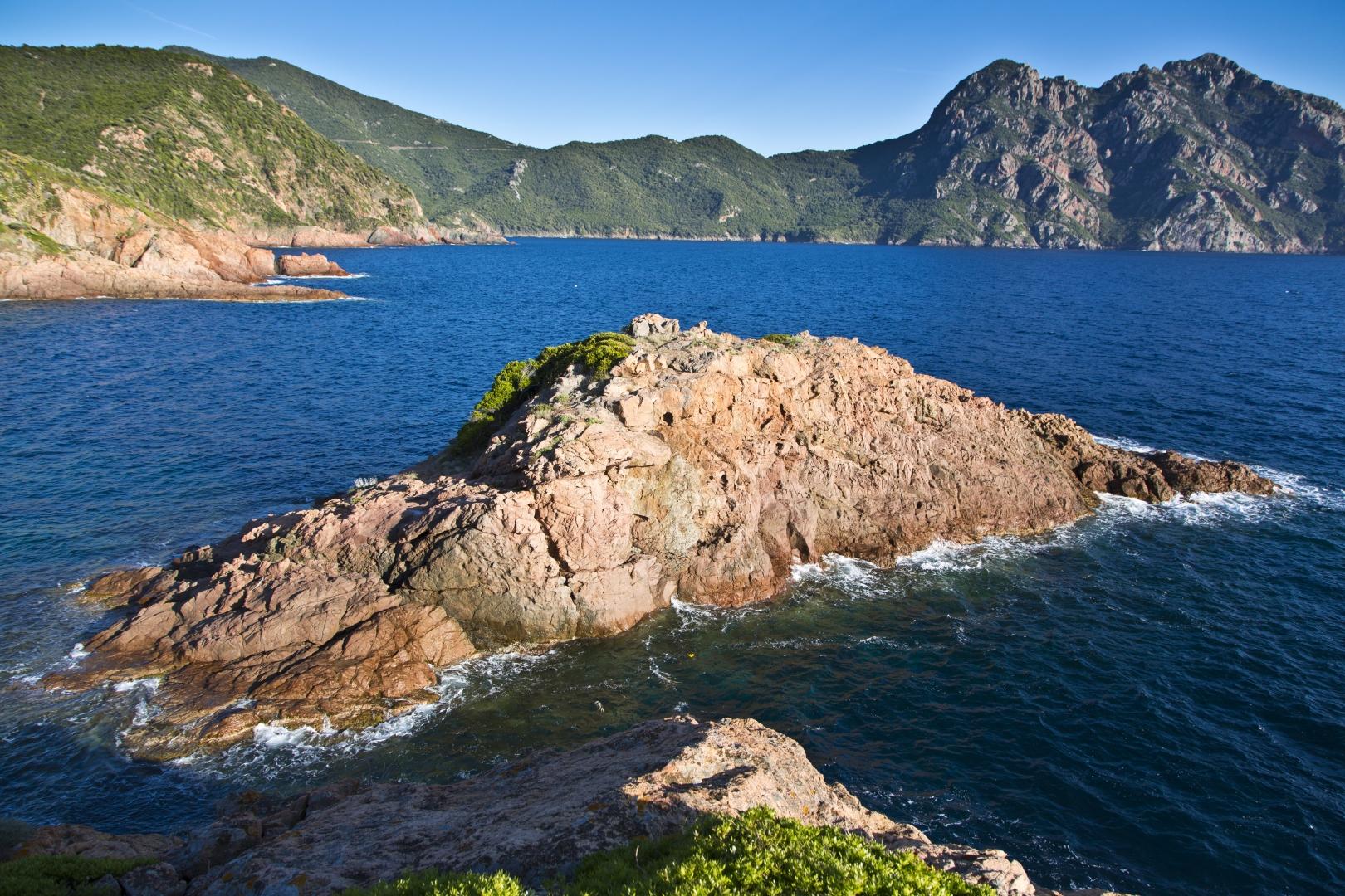 ok_mare_e_monti_girolata_îlot